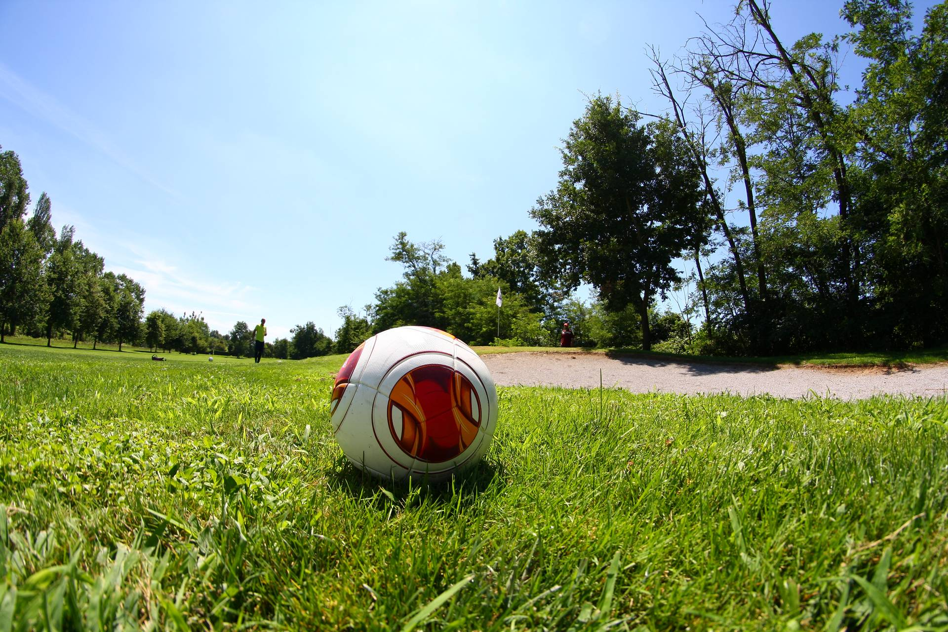 Gioca a Footgolf